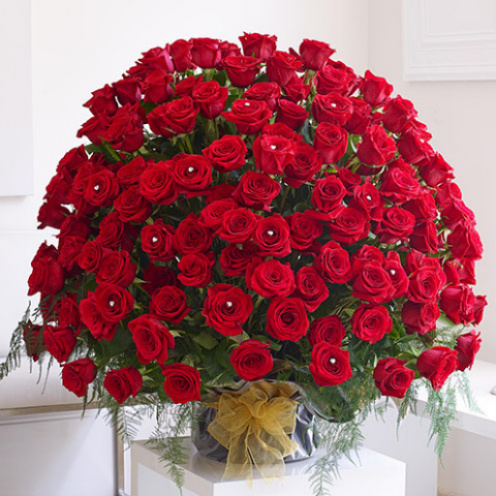 200 Red Rose Arrangement