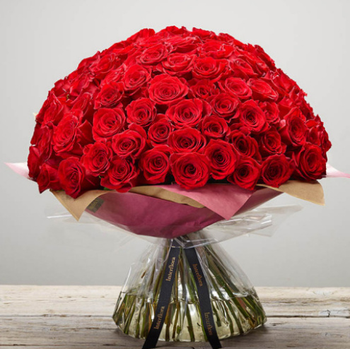100 Red Rose Hand Tied