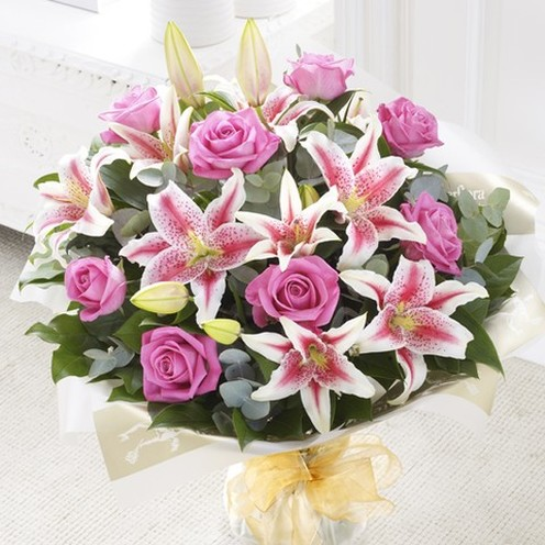 Deluxe Rose & Lily Hand-tied Pink